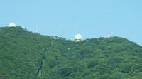 山の上のレーダー1.JPG